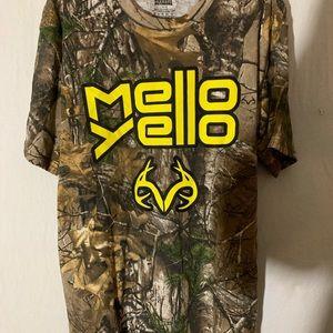Men's camo tshirt